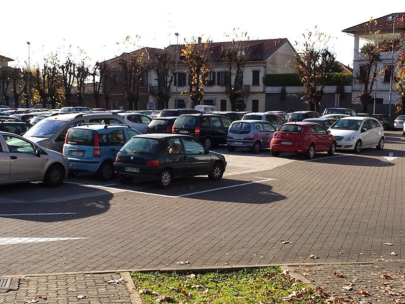 parcheggio-pubblico-borgomanero1